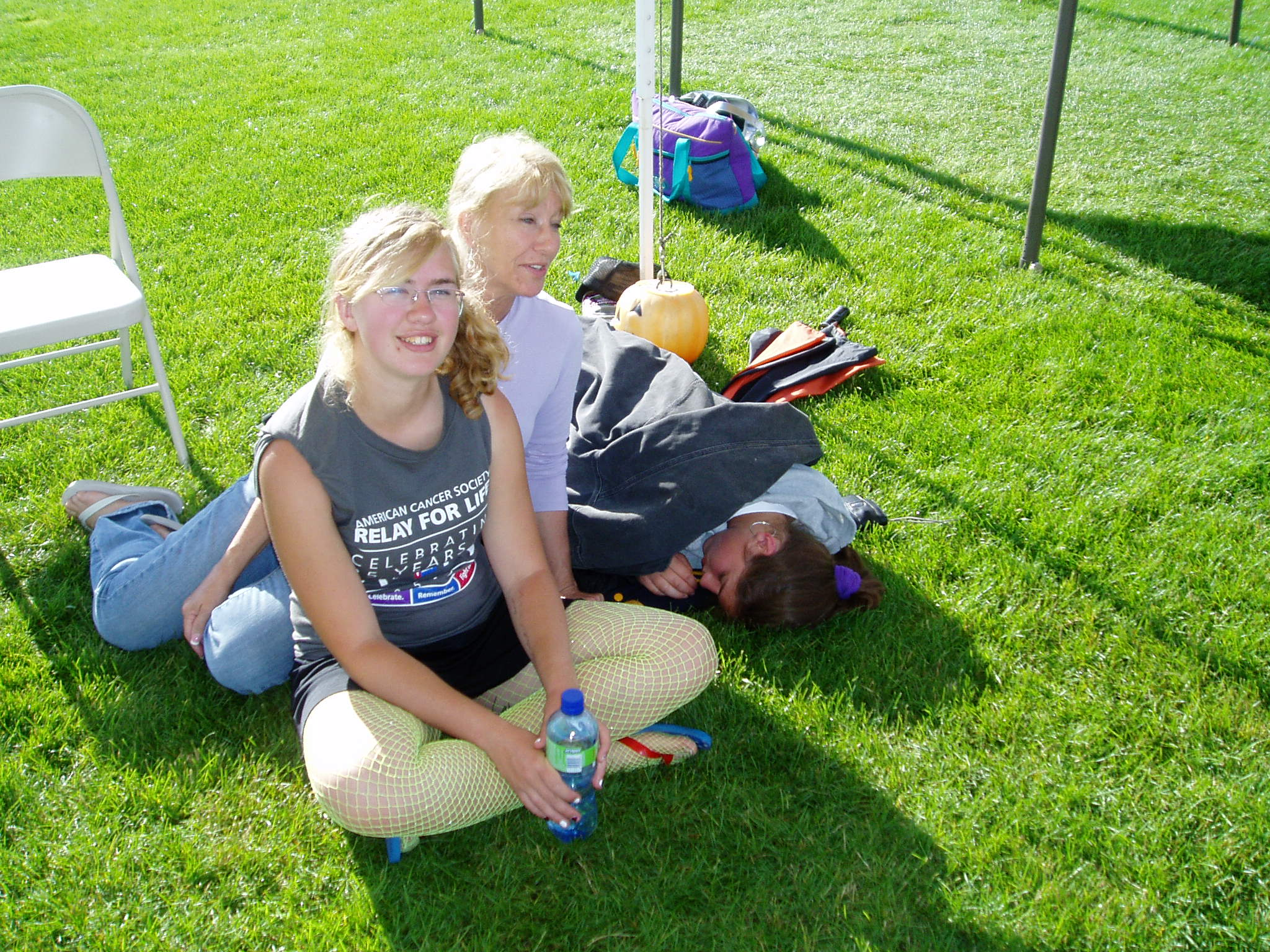 Jessica and Shayla sitting on grass